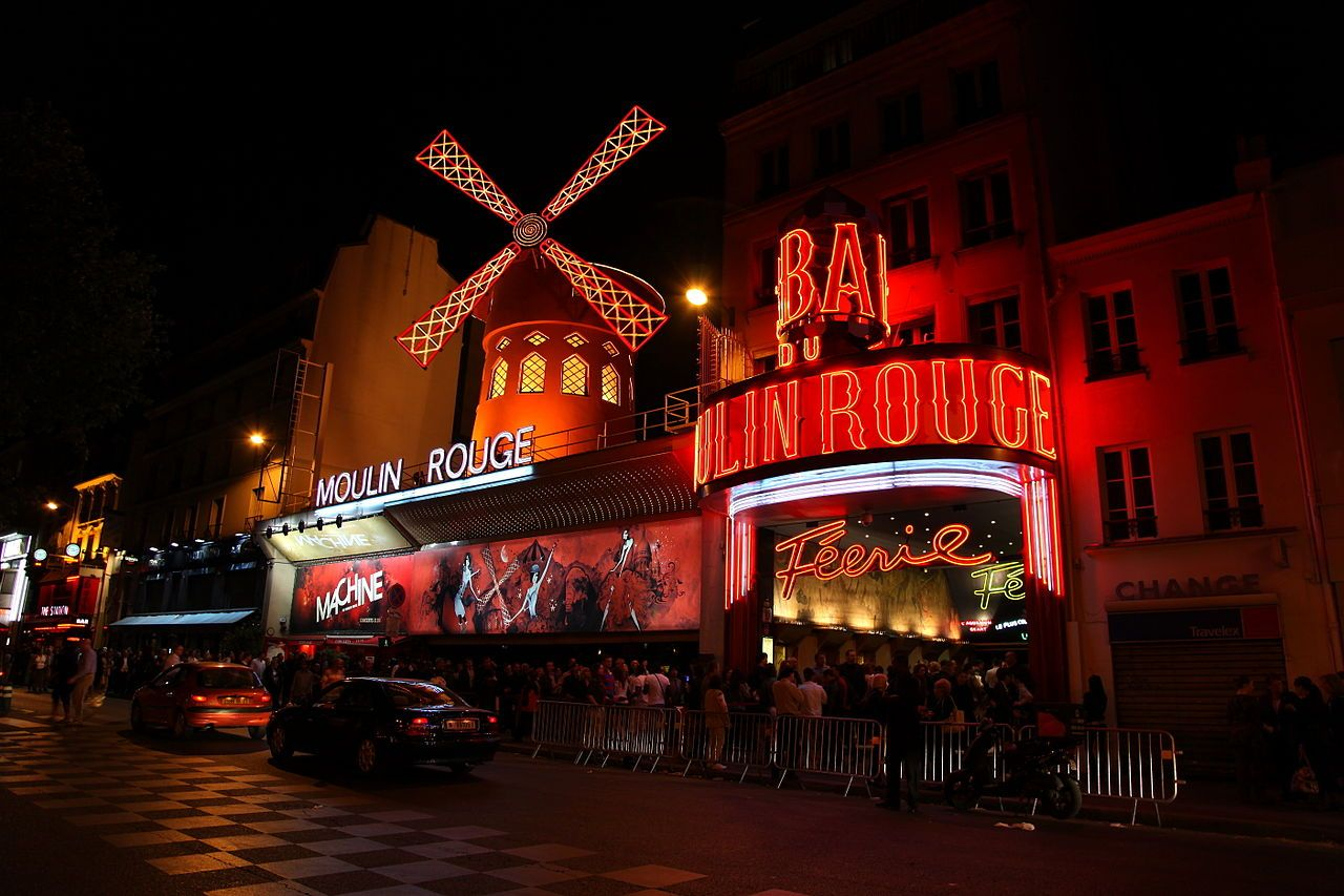 1280px-Moulin_Rouge,_Paris_April_2011