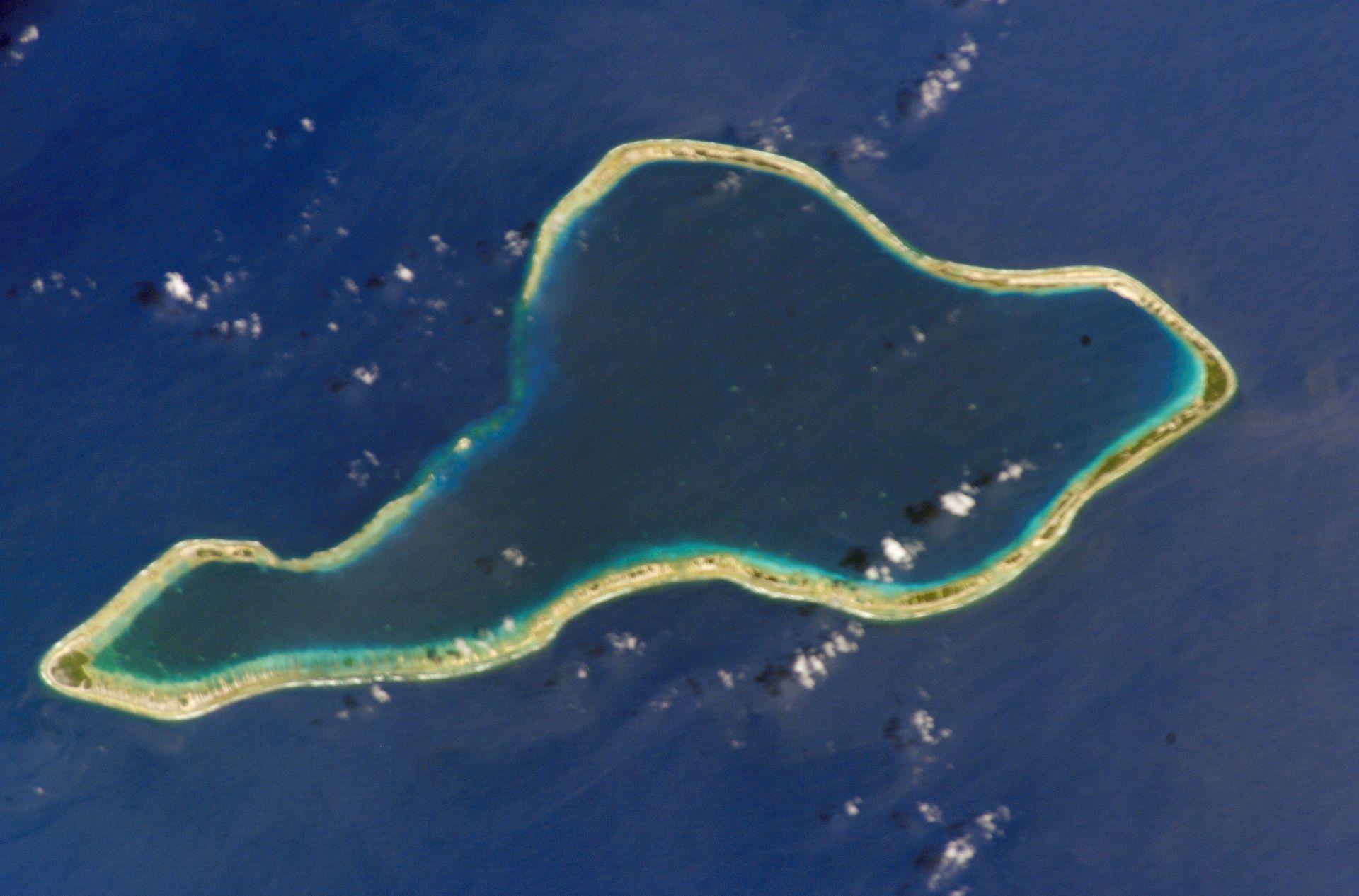 Moruroa_atoll