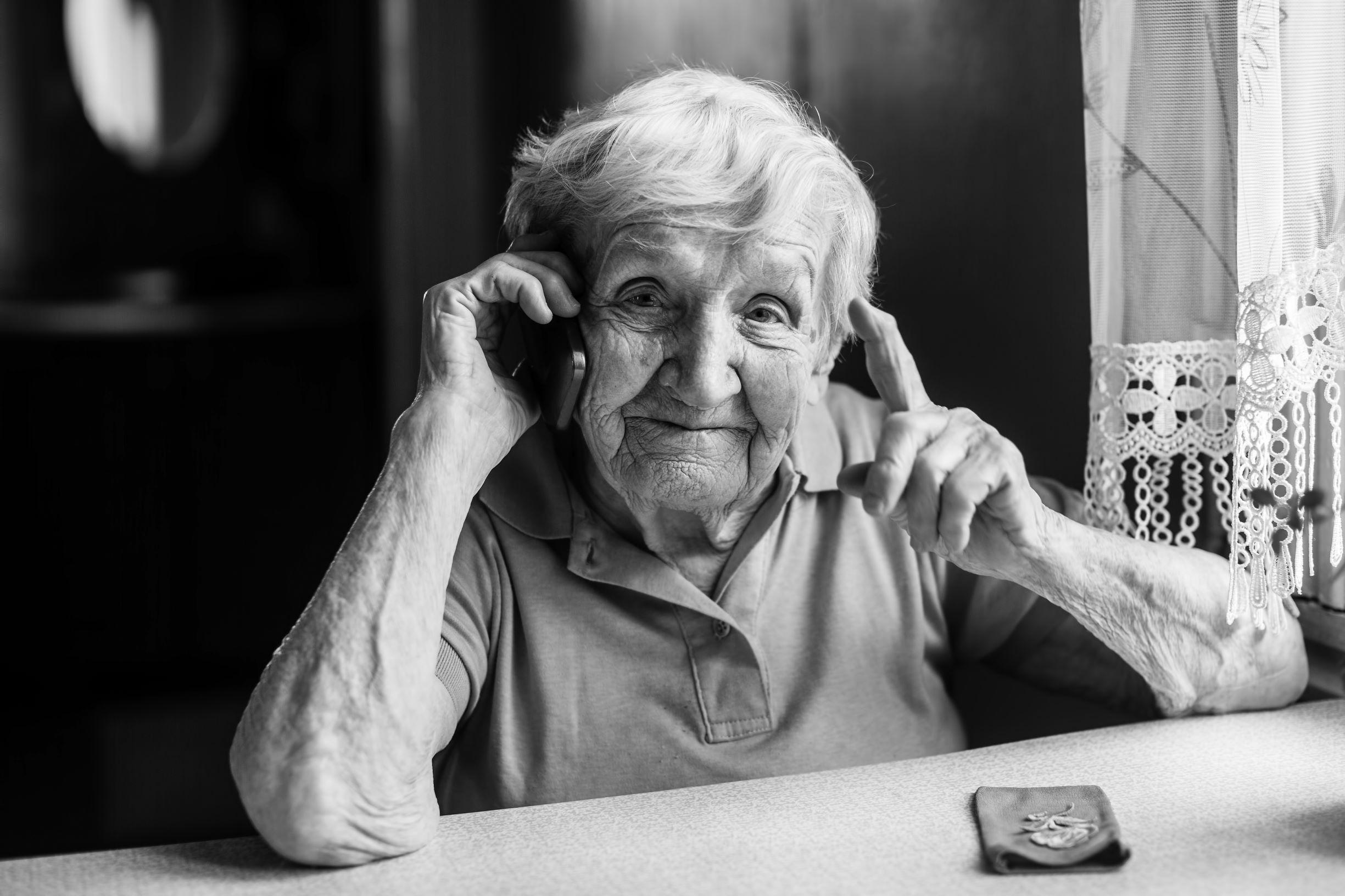 elderly-person-on-phone-2